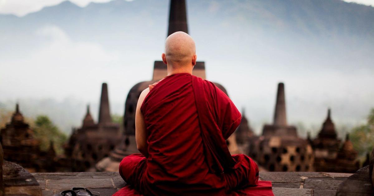 Тибетская гимнастика для похудения — узнайте комплекс упражнений.