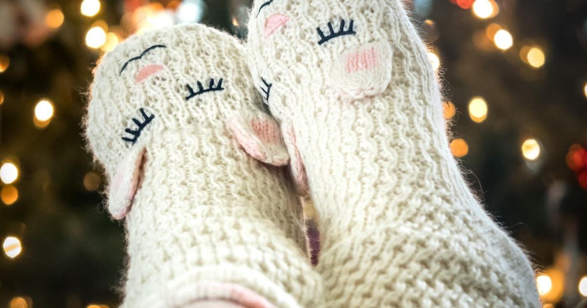 Что будет с вашим телом, если зимой спать в носках