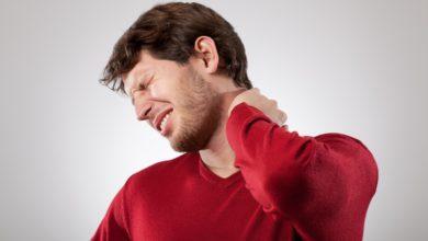 Растяжение мышц шеи — боль знакомая каждому